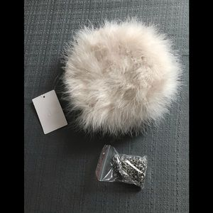 Handbags - White Vintage-Looking  feather evening bag